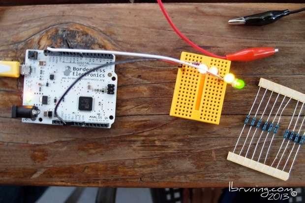 Boarderless faux Arduino Kit test
